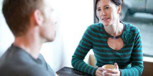 hablar con la familia para que respeten tus horarios fondo