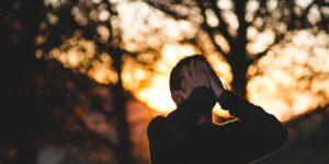 Estrés crónico ¿Por qué atenderlo? background